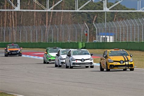 Schnellstes Auto Europa by Renault Clio Cup Central Europe Eberle Am Testtag