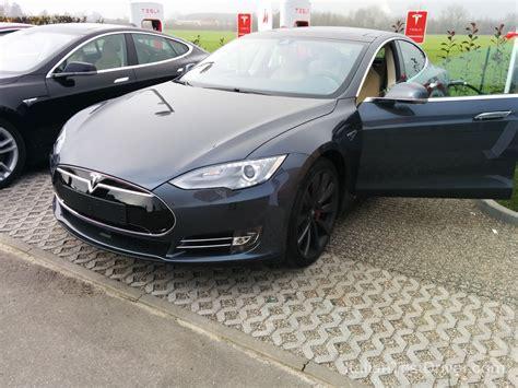 Tesla Test Drive Test Drive Tesla Model S 85 Kwh Performance