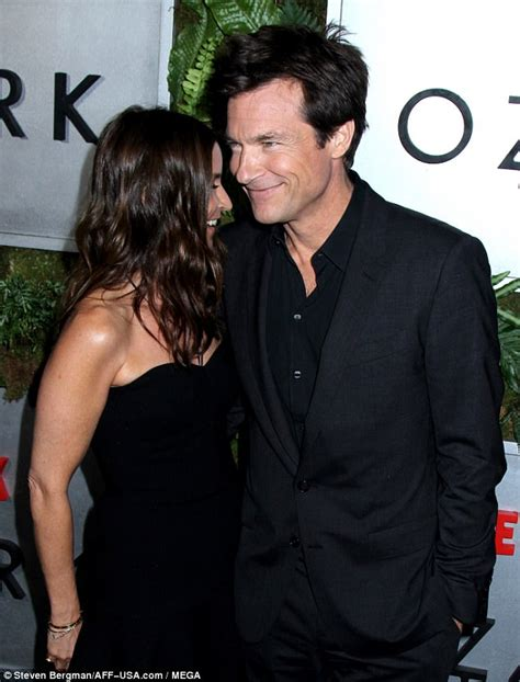 jason bateman justine bateman show jason bateman and wife amanda anka at ozark nyc premiere