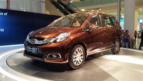 Covertutup Mobil Honda Mobilio F New Warna automotive news honda mobilio more color