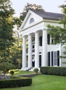 columns for homes southern charm is a house with columns home pinterest