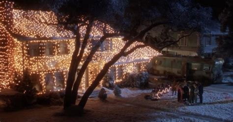 Watch This House Re Created The Epic Christmas Vacation Vacation Lights