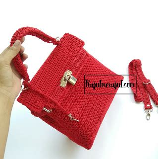 Tas Rajut Strawberry Mini rajutmerajut