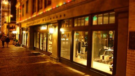 vetrine illuminate agencer une boutique pour les soldes id 233 e et solutions