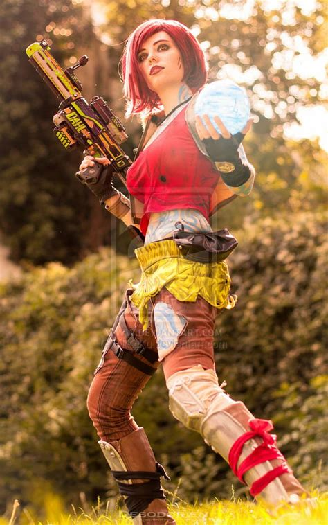 VIDEO GAME Cosplay: Lilith the Siren aka The Firehawk ... Lilith's World Game