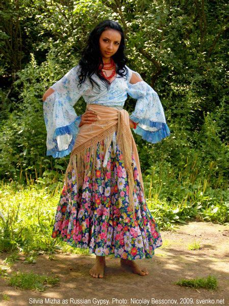 romani gypsie hairstyles 759 best images about gypsy on pinterest gypsy living