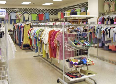 Fashion Shopping 51 N bulk used clothing