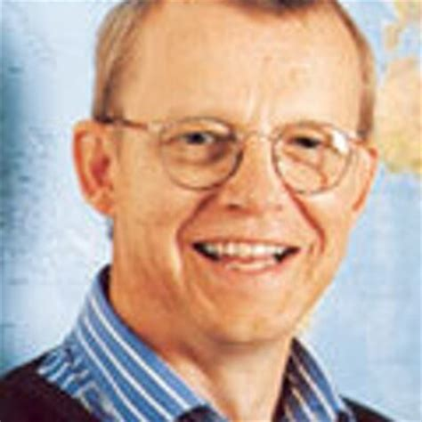 hans rosling global poverty a data backed approach the top 100 big data experts to