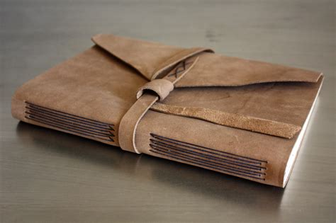 How To Make Handmade Leather Journals - make your own leather journal this saturday linenlaid felt