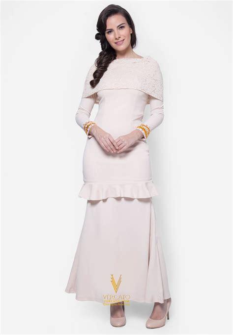 C Baju Tidur Winnie Navy 17 best ideas about baju kurung on kebaya kebaya muslim and dress