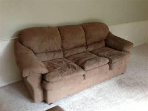 how much should i sell my couch for emily sutton is selling her couch on craigslist the