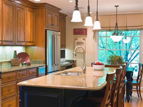 Hgtv Kitchen Island Ideas Photo By Designer Beth Design