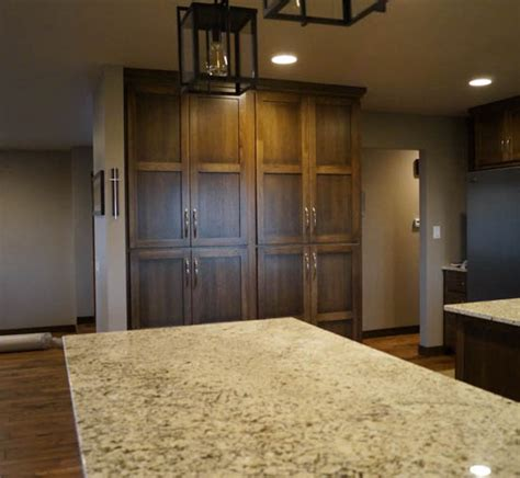 kitchen cabinets des moines kitchen cabinets des moines ia custom kitchen cabinets