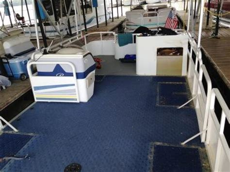 bentley boat seats craigslist conversion from fish to cruise 2006 bentley pontoon