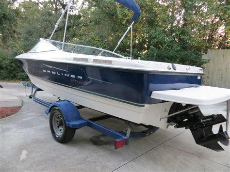 bayliner explorer boats bayliner 215 explorer 2007 for sale for 9 450 boats