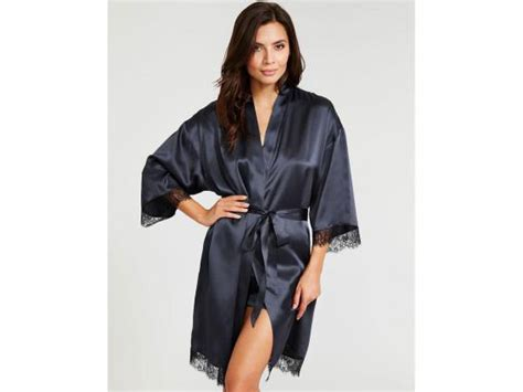 dressing gown 8 best s dressing gowns watchdog uganda