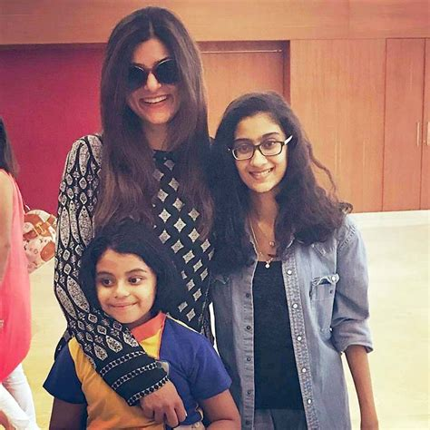 sushmita sen renee sen in pics sushmita sen and her adorable daughters