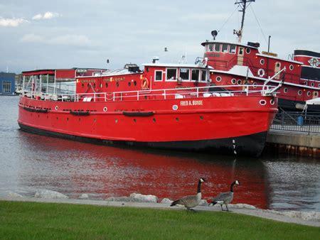 fireboat cruise sturgeon bay coastal wisconsin visiting sturgeon bay and green bay
