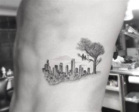 single needle tattoo nyc 25 cityscape tattoos of the world s most beautiful