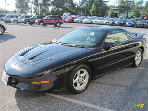pontiac firebird black 1995 pontiac firebird black 200 interior and exterior
