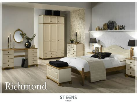 Richmond Bedroom Set by Richmond And Pine Bedroom Furniture Wardrobes