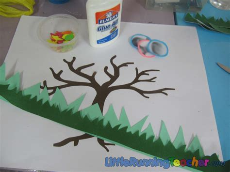How To Make A Family Tree On Paper - a family tree in fall running