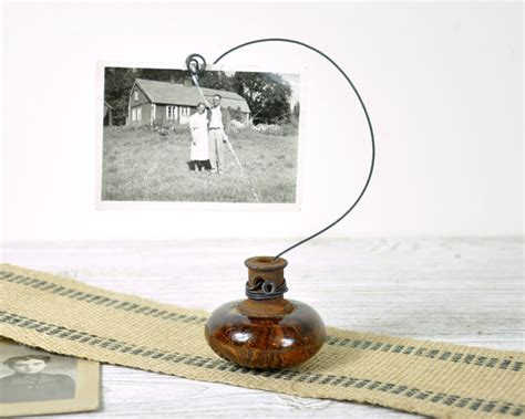 Door Knob Holder by Vintage Door Knob Photo Holder Wire Picture Or Card Holder