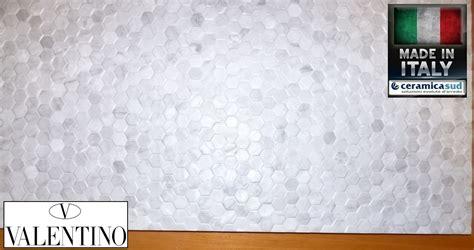 piastrelle effetto mosaico piastrelle per cucina effetto mosaico esagonale valentino