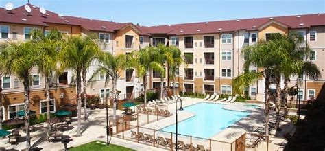 fresno state housing jefferson commons student apartments johnson air