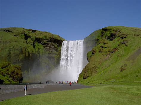 famous falls seljalandsfoss waterfall iceland must see how to