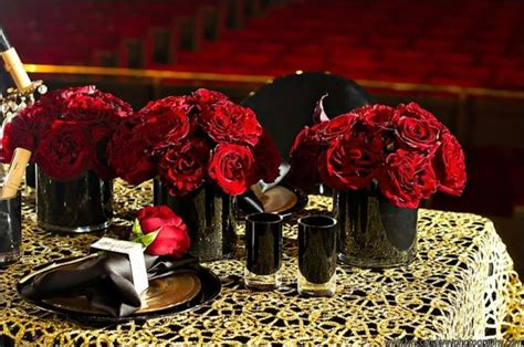 Black Vase Centerpiece Wedding by 10 Secrets To Styling An Wedding Onewed