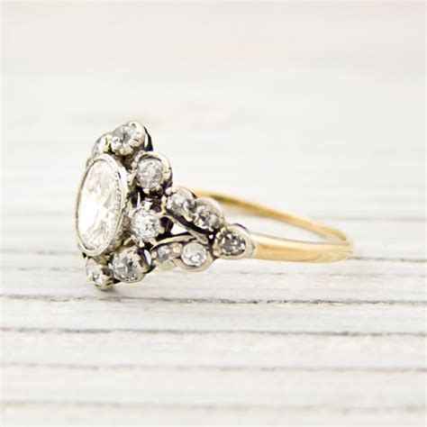 vintage engagement rings on