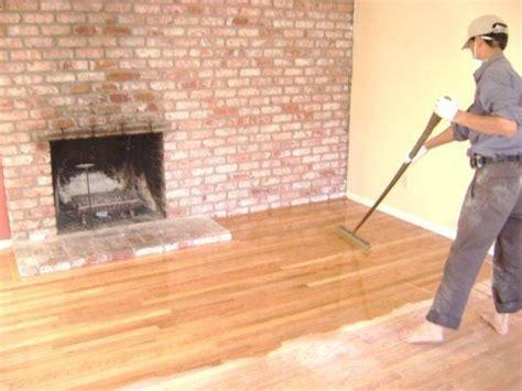 Water Based Or Based Polyurethane For Hardwood Floors by Coating The Floor With Water Based Polyurethane Finish