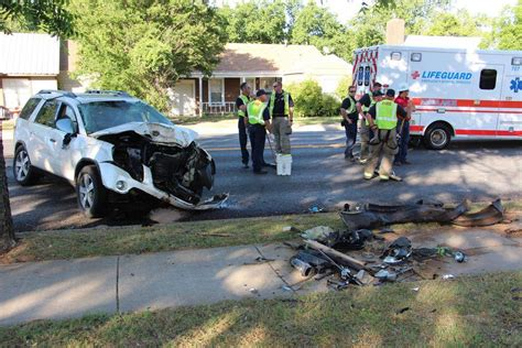 Section Brownwood by Section Of Ave Shut After Rollover Wreck