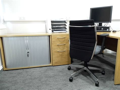 consulting room furniture at spire healthcare office options