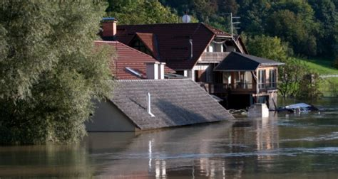buying a house in a flood risk area property sales higher in flood risk areas