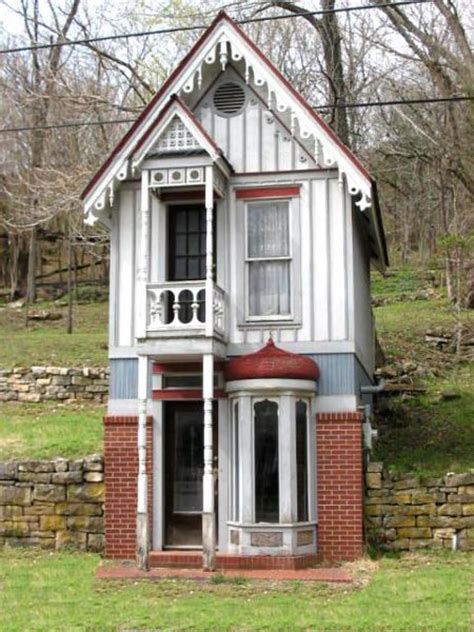small victorian homes rerae micro homes