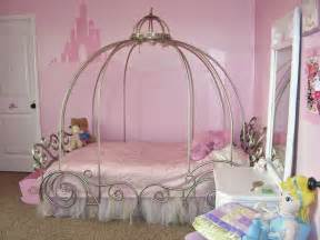 Exceptional Creative Ideas For Kids Rooms #3: Girls-bedroom-decorating-ideas.jpeg