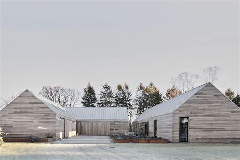 modern house  denmark reinterprets  barn  curbed