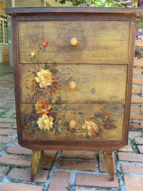 Decoupage On Painted Wood - best 25 decoupage furniture ideas on how to