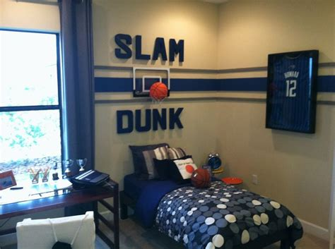 sports bedrooms best 25 basketball themed rooms ideas on pinterest