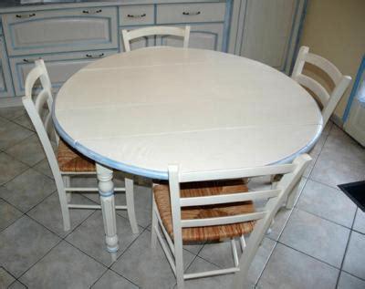 Comment Peindre Une Table En Bois 2006 by Table Ronde Relook 233 E Hora Artisan Meubles Peints