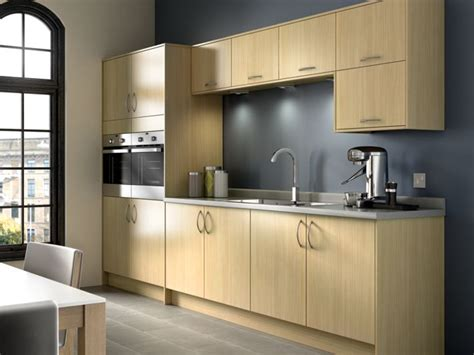 kitchen picture oakmont oak effect kitchen wickes co uk