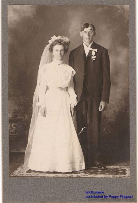 Formal Wedding Portraits by Formal Knuth Wedding Portrait