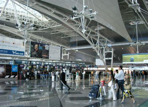 airport porto douro tr 225 s os montes aeroporto do porto promove vinhos