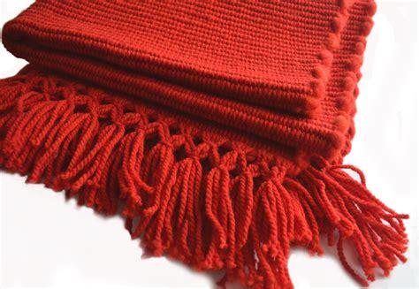alfombra lana alfombra lana de oveja roja alfombra lana de oveja roja