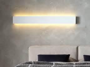 superba Parete Camera Letto #1: lampada-da-parete-design-orizzontale.jpg
