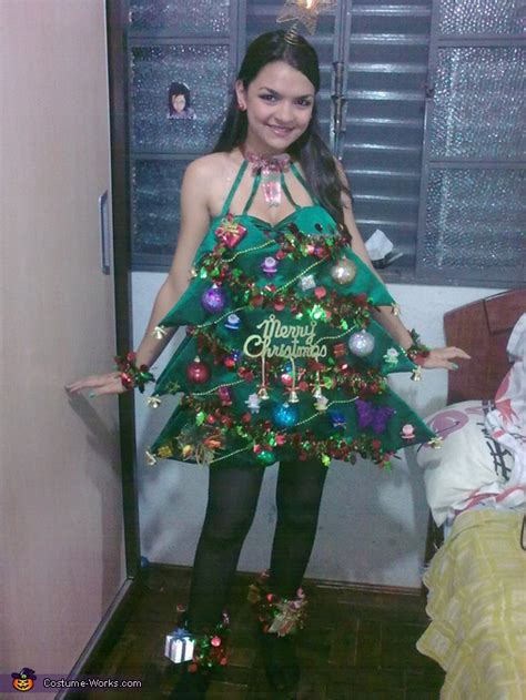christmas tree costume inspired by katy perry photo 2 5