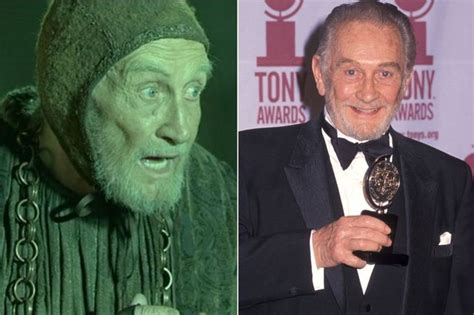 actress from game of thrones dies game of thrones roy dotrice dead aged 94 amadeus actor