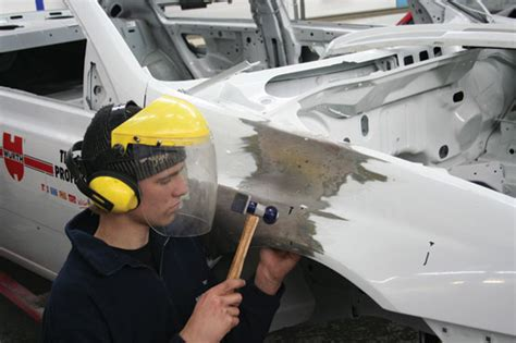 Goumas Repair Centre Panel Beating And Spray